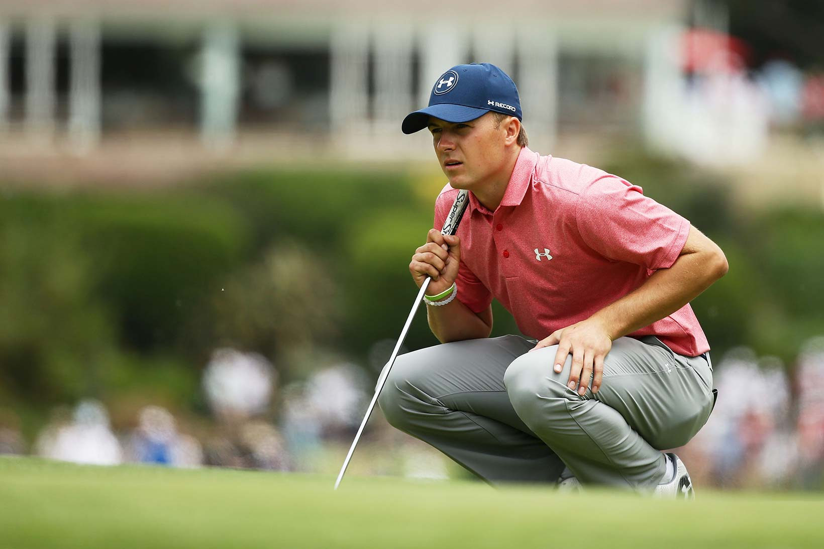 2016 Emirates Australian Open: Round 3 - Lining Up a Putt on the First Green